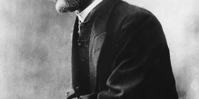 durkheim social facts essay Emile durkheim was considered one of the greats of the sociology world his use of scientific methodology to identify social factors which contributed to suicide has.